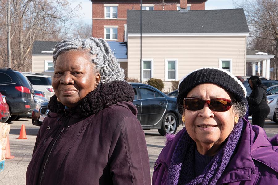 Volunteers Ula Richardson and Sarah Webb. Photo by Lillian Baulding